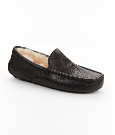 UGG Australia: Men's Ascot Leather Slippers