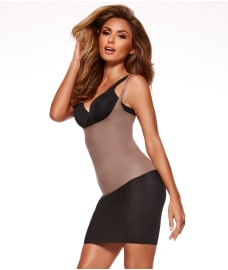 SPANX Two Timing Medium Control Open-Bust Camisole