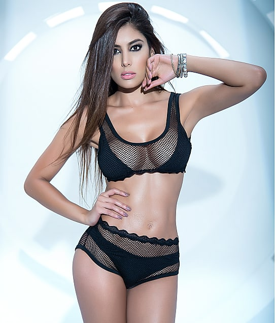 Mapalé: Layered Fishnet Wireless Bra Set