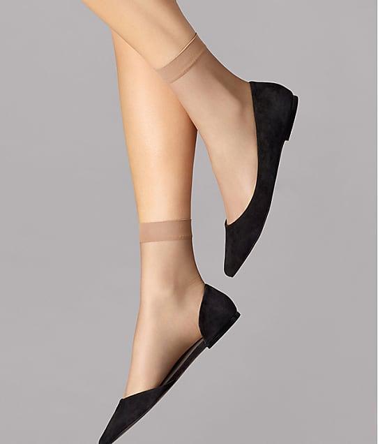 Wolford: Nude 8 Denier Socks