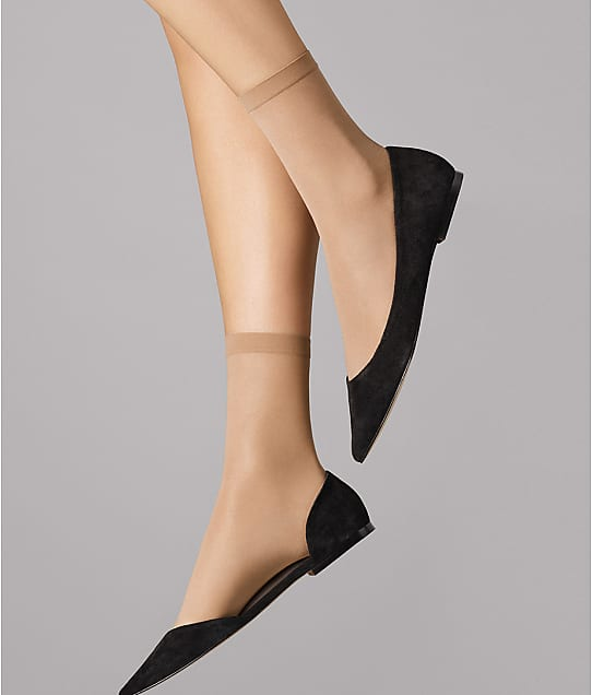 Wolford Satin Touch 20 Denier Socks in Fairly Light 412-38