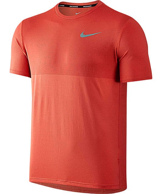 Nike: Zonal Cooling Relay Dri-FIT T-Shirt