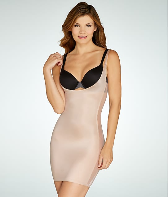 RED HOT SPANX: Luxe & Lean Scalloped Open-Bust Full Slip