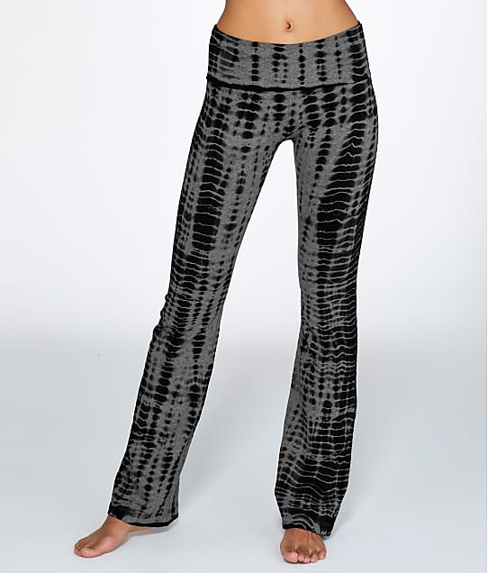 Hard Tail: Rolldown Printed Boot Leg Yoga Pant