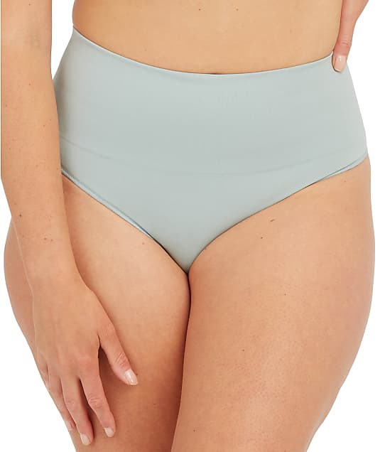 SPANX Everyday Shaping Thong in Sea Salt(Full Sets, Seasalt) SS0815
