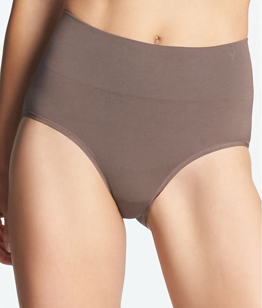 Yummie: Livi Comfortably Curved Shaping Brief