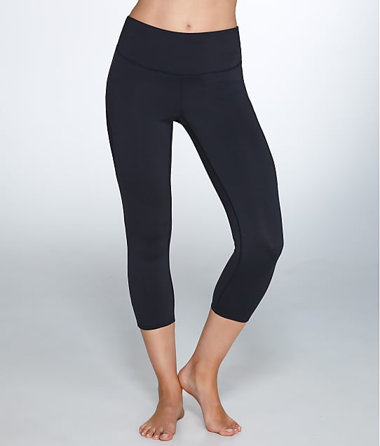 Yummie: Medium Control Shaping Capri Leggings