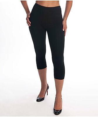 Lyssé Plus Size Medium Control Capri Leggings