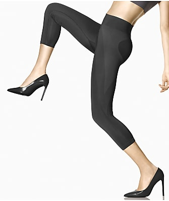 HUE Seamless Shaping Capri Leggings