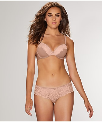 b.tempt'd by Wacoal B.charming Contour Bra