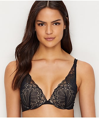 Wonderbra Refined Glamour Plunge Push-Up Bra