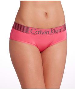 Calvin Klein Iron Strength Micro Hipster