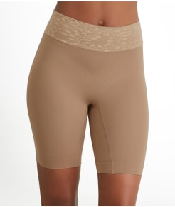 Jockey Skimmies® Anti-Static Mid-Thigh Luxe Lace Slipshort