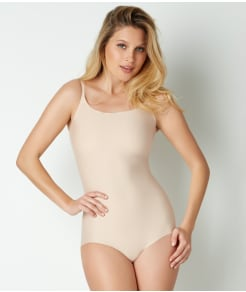 SPANX Trust Your Thinstincts Medium Control Bodysuit